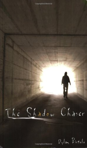9781592990740: The Shadow Chaser