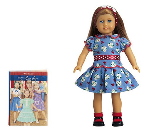 9781593692148: Emily Mini Doll (American Girl Collection)