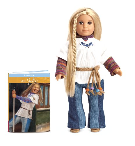 9781593699628: Julie Mini Doll (American Girls Collection Mini Dolls)