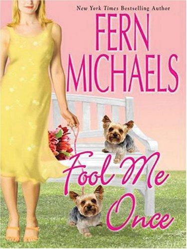 9781594131776: Fool Me Once (Thorndike Paperback Bestsellers)
