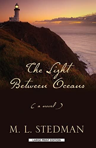 9781594136320: The Light Between Oceans (Thorndike Press Large Print Core)