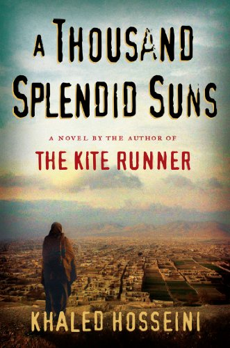 9781594489518: A Thousand Splendid Suns: (International export edition)