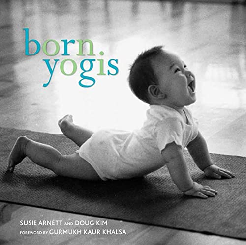 9781594862755: Born Yogis
