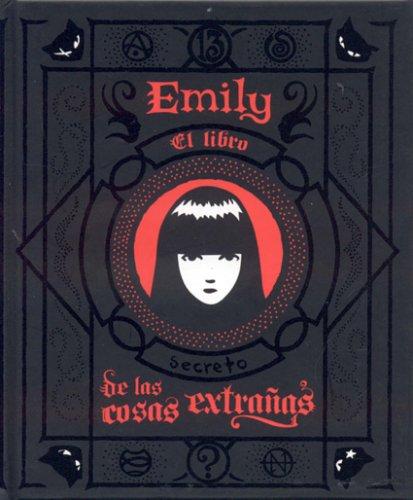 9781594971891: Emily/El Libro de las Cosas Extranas (Spanish Edition)