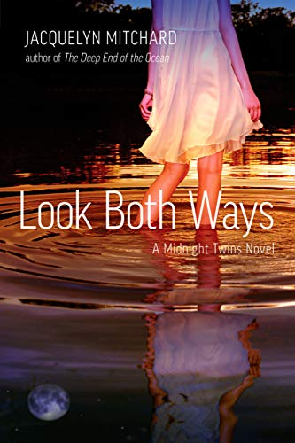 9781595142818: Look Both Ways (Midnight Twins)
