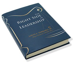 9781596720107: The Right Side of Leadership