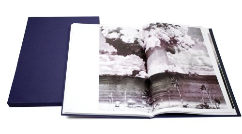 9781597111072: Thomas Ruff: Jpegs: Signed and Numbered Edition