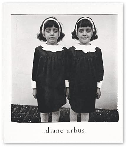 9781597111751: Diane Arbus: An Aperture Monograph
