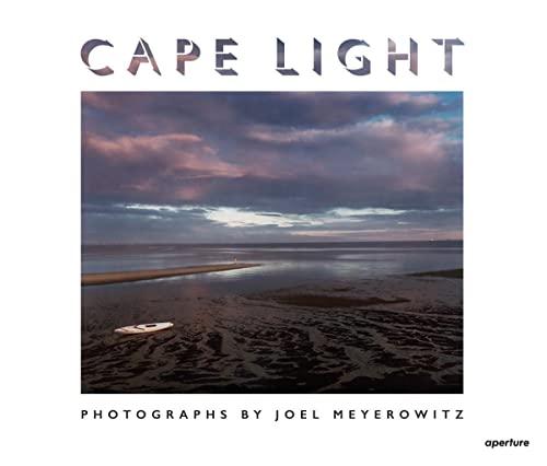9781597113397: Joel Meyerowitz: Cape Light