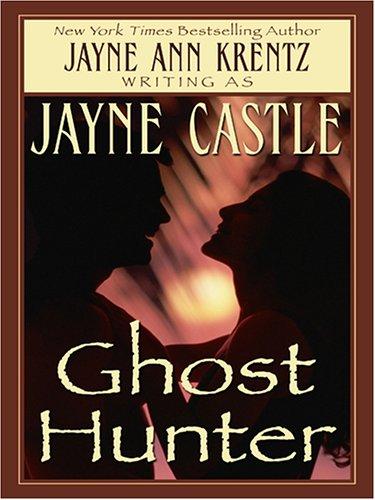 9781597222938: Ghost Hunter (Wheeler Large Print Book Series)