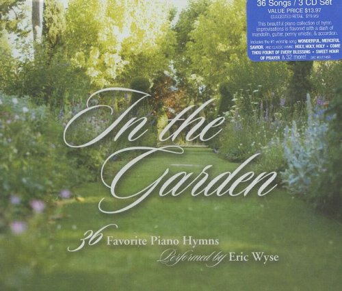9781598566024: In the Garden: 36 Favorite Piano Hymns