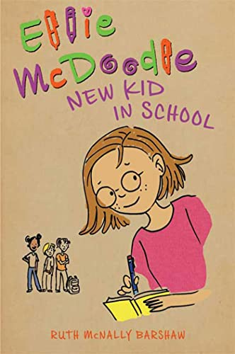 9781599902388: Ellie McDoodle: New Kid in School