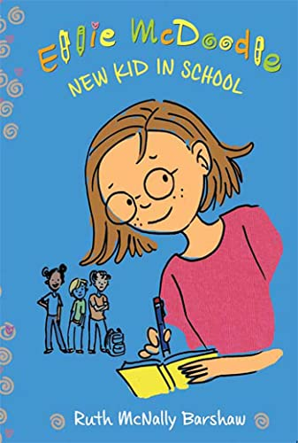 9781599903613: Ellie McDoodle: New Kid in School