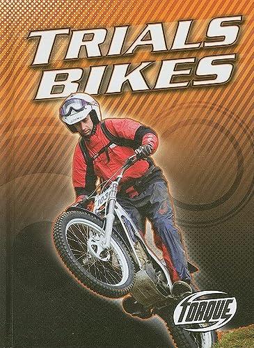9781600141607: Trials Bikes (Torque Books: Motorcycles)