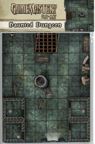 9781601253569: GameMastery Flip-Mat: Haunted Dungeon