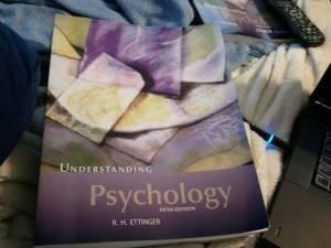 9781602295513: Understanding Psychology