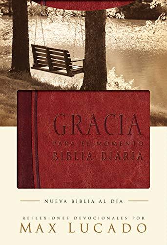 9781602551213: Biblia Gracia para el momento: Pasa 365 días leyendo la Biblia con Max Lucado (Spanish Edition)