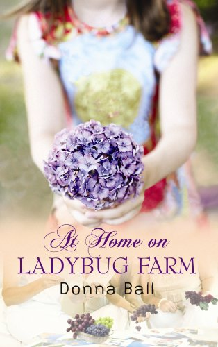 9781602855915: At Home on Ladybug Farm (Center Point Premier Fiction (Large Print))