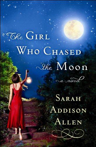 9781602858336: The Girl Who Chased the Moon (Center Point Platinum Reader's Circle (Large Print))