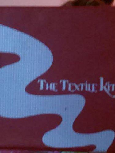 9781604050257: The Textile Kit