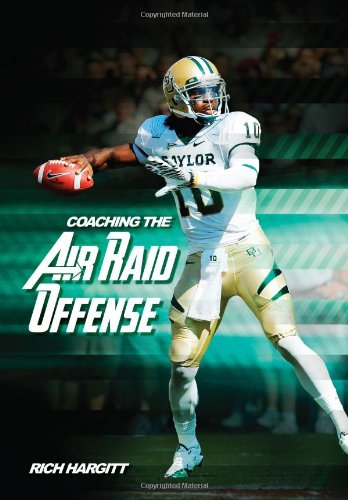 9781606792827: Coaching the Air Raid Offense