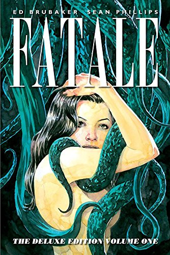 9781607069423: Fatale Deluxe Edition Volume 1 (Fatale Volume 1 Death Chases M)