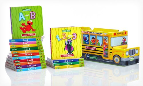 9781607456636: Sesame Street ABCs and 123s with Elmo and Friends 16 Book Bus