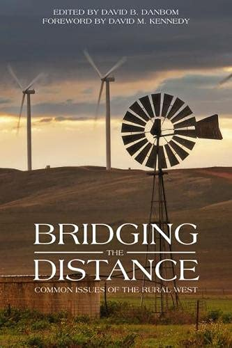 9781607814559: Bridging the Distance: Common Issues of Rural West