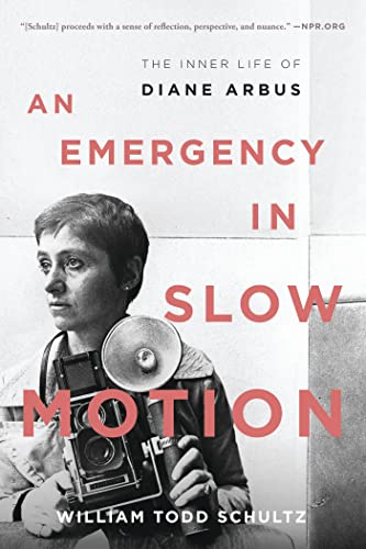 9781608197552: An Emergency in Slow Motion: The Inner Life of Diane Arbus