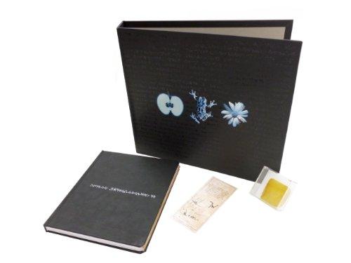 9781608872176: Fringe: September's Notebook