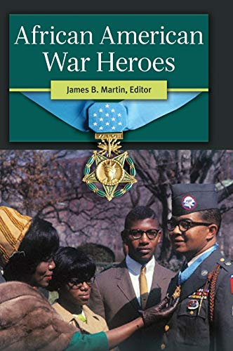 9781610693653: African American War Heroes