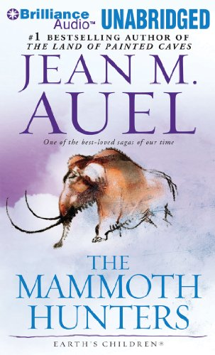 9781611064537: The Mammoth Hunters (Earth's Children� Series)