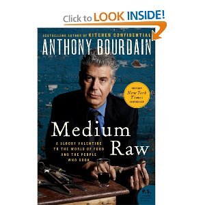 9781611291322: Medium Raw