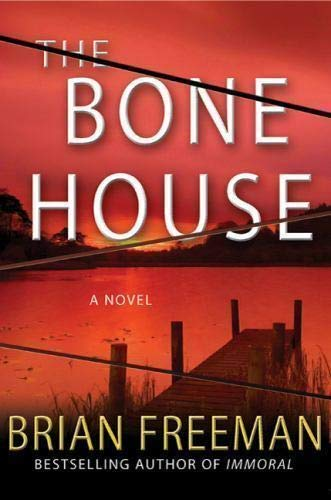 9781611294941: The Bone House (LARGE PRINT EDITION)