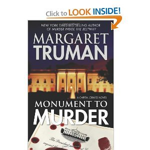 9781611298444: Monument to Murder (LARGE PRINT)