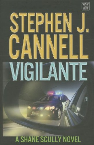 9781611732634: Vigilante (Center Point Platinum Mystery (Large Print))