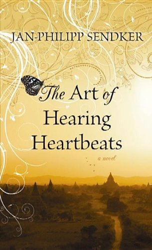 9781611733990: The Art of Hearing Heartbeats (Platinum Readers Circle (Center Point))