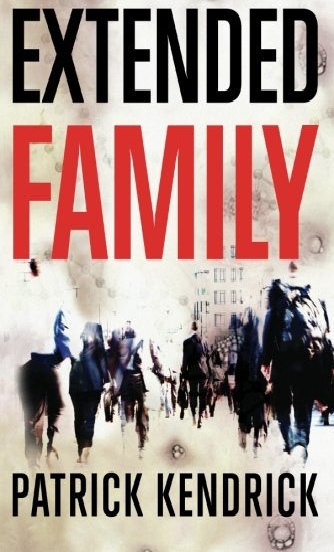 9781612183107: Extended Family