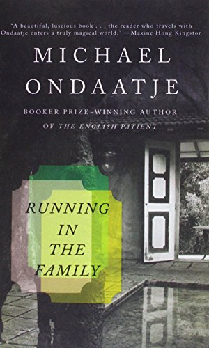 9781613838228: Running in the Family (Vintage International)