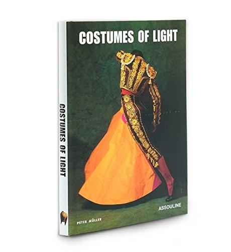 9781614282143: Costumes of Light