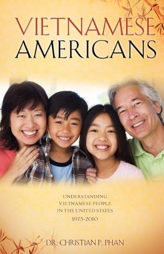 9781615792818: Vietnamese Americans