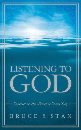 9781616266660: LISTENING TO GOD