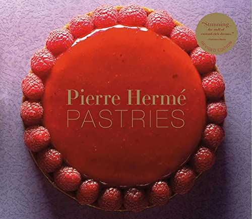9781617690273: Pierre Hermé Pastries (Revised Edition)