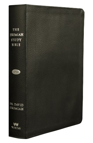 9781617952777: The Jeremiah Study Bible, NKJV: Black Genuine Leather w/thumb index