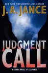 9781620901960: Judgment Call (Large Print)