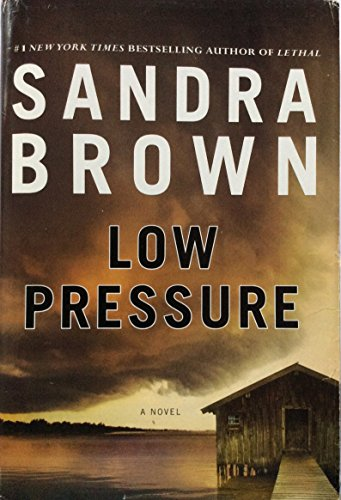 9781620902943: Low Pressure (Large Print Edition)