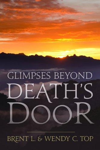 9781621081807: Glimpses Beyond Death's Door