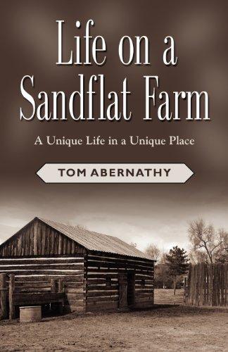 9781621412526: Life on a Sandflat Farm