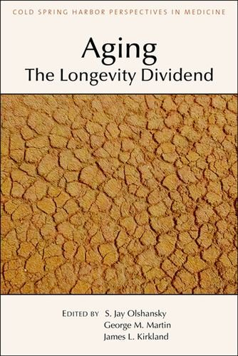 9781621821632: Aging: The Longevity Dividend