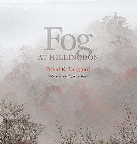 9781623493325: Fog at Hillingdon (Kathie and Ed Cox Jr. Books on Conservation Leadership, sponsored by The Meadows)